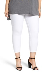 Hue Plus Size Women's Denim Capris