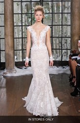 Women's Ines Di Santo 'Madrid' Chantilly Lace Trumpet Gown In Stores Only