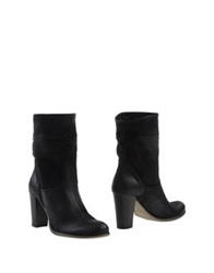 Scoop Ankle Boots Black