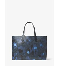 Jet Set Painterly Camo Reversible Tote Midnight