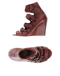 Surface To Air Footwear Sandals Women Garnet