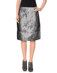 D.Exterior Knee Length Skirts Lead
