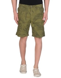 Golden Goose Bermudas Military Green