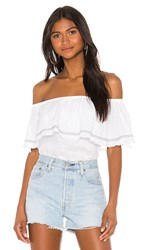 1.State 1. State Off The Shoulder Flounce Edge Blouse In White. Ultra White