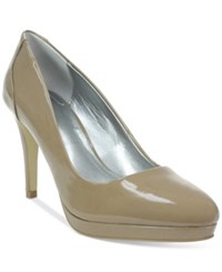 Tahari Party Pumps Women's Shoes Toast