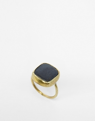Made Yshirasi Black Ring Gold