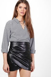 Boohoo Atara Gingham Ring Neck Detail Shirt Black