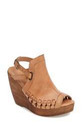 Very Volatile Women's Carry Wedge Sandal Tan Leather