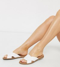 New Look Wide Fit Twist Strap Flat Mules In White Croc