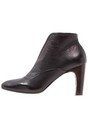 Chie Mihara Fedora Ankle Boots Black