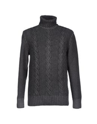 Heritage Turtlenecks Lead