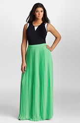 Plus Size Women's Mynt 1792 Pleat Georgette Maxi Skirt Poison Green