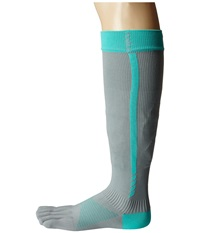 Toesox Sport Compression Knee High 4Am Ice Women's Knee High Socks Shoes Gray
