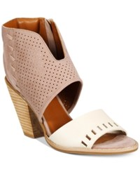 Mojo Moxy Dolce By Mookie Perforated Sandals Women's Shoes Beige Cream