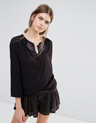 See U Soon Top With Festival Embroidery Black