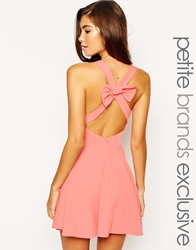 John Zack Petite Plunge Neck Skater Dress With Bow Detail At Back Pink