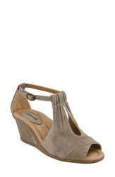 Earthr Women's Earth 'Caper' T Strap Wedge Sandal Ginger Taupe Suede