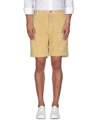 Piombo Trousers Bermuda Shorts Men Yellow