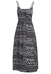 Kiomi Maxi Dress Black White