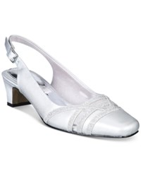 Easy Street Shoes Kristen Pumps Women's Silver