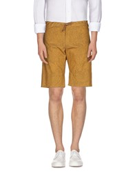 Hilton Trousers Bermuda Shorts Men Ocher