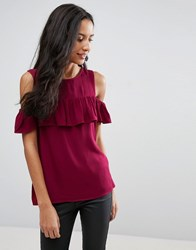 Pieces Ibbi Ruffle Cold Shoulder Top Bred
