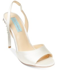 Blue By Betsey Johnson Naomi Slingback Evening Sandals Women's Shoes Ivory