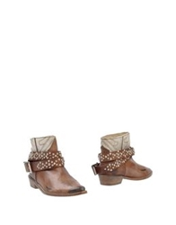 Mr. Wolf Ankle Boots Brown