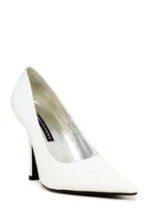 Chinese Laundry Spicy Patent Pump White