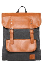 Your Turn Rucksack Washed Black Cognac