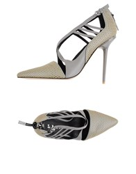 L.A.M.B. Pumps Grey