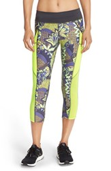 Women's Maaji 'Hike Pike' Capri Leggings