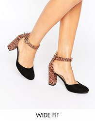 New Look Wide Fit Leopard Print Block Heel Shoe Red