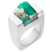 Pasionae Emerald Silver Ring