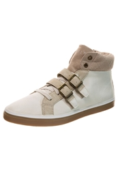 Esprit Megan Bquilt Hightop Trainers Off White Off White