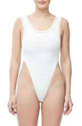 Good American Body Khlo Thong Bodysuit White001