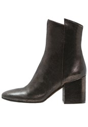 Bruno Premi Boots Bronzo Metallic Grey