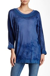 Monoreno Loose Floral Lace Dolman Sleeve Tee With Lace Blue