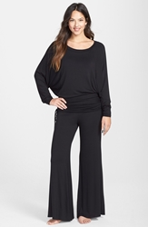 Fleurt 'Lounge With Me' Pajamas Black