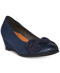 Bare Traps Lexia Wedge Pumps Women's Shoes Navy
