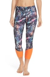 Women's Lole 'Chelsea' Print Capri Leggings Black Moving Sand