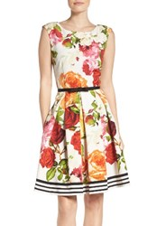 Gabby Skye Women's Floral Fit And Flare Dress
