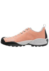 Scarpa Mojito Hiking Shoes Salmon