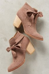 Anthropologie Huma Blanco Bowtie Booties Pink
