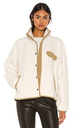The North Face Cragmont Fleece Jacket In Cream. Vintage White And Kelp Tan