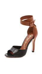 Alice Olivia Gwenie Ankle Strap Sandals