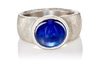 Malcolm Betts Women's Cabochon Ring Silver