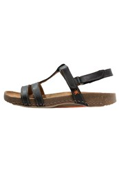 Art I Breathe Sandals Black