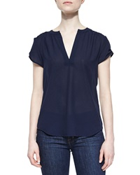 Dex Contrast Back Split Neck Tee Dark Navy Light Gray
