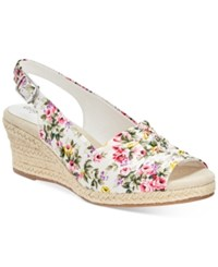 Easy Street Shoes Kindly Sandals Women's White Floral